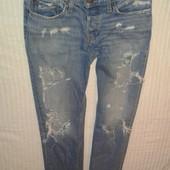 Очень крутые рваные джинсы скинни бойфренды от Hollister,p.30×32
