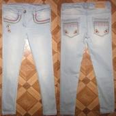 На 9 лет Моднячие джинсы I love Next девочке