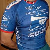 Фирменная спортивная оригинальная велофутболка Nike.л .