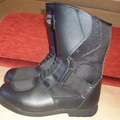 Кожаные фирменные мото женские ботинки 37 р