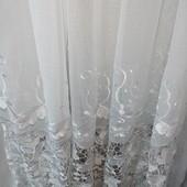 Тюль гардина батист белая с кружевным низом.