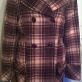 Бомбезное шерстяное пальто