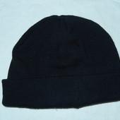 новая мужская шапка,р-р универсальный,хорошо на невысокий лоб