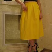 Юбка миди в складку желтая