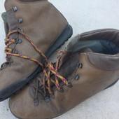 Кожаные ботинки  42/43-200 грн