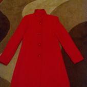 Новое демисезонное пальто -М-L
