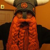 Вязаная шапка шлем Викинга