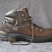 Ботинки мужские Hi-Tec waterproff, р 41, кожа