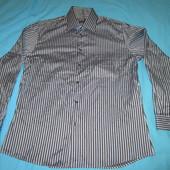 """Рубашечка """"Petrifun"""" (Финляндия) в состоянии новой, размер 44, Уп 10грн"""