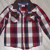 модная рубашка на 4-5 лет (110см). 100% катон. Новая.