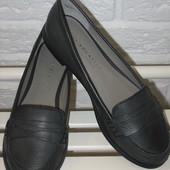 Новые туфли в размере 36-37