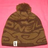 Стильная шапка O'NEIL