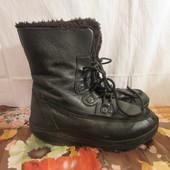 Продам зимние кожанные ботинки