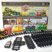 Детская игрушечная железная дорога поезд, настоящий дым, звук, свет прожектора Путешественник на упр