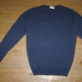 Мужской свитер L-размер 100% шерсть состояние нового