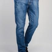 Джинсы мужские синие, прямые 310K003