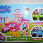 Гараж Свинка Пеппа, 2 этажа, 2 машинки с фигурками, в коробке