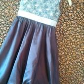 Нарядное платьеце р.4Т
