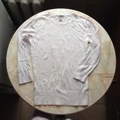 Стильный свитерок фирмы H&M размер М