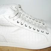 Zara высокие кроссовки на осень-весну 28 см