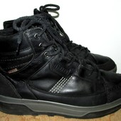 кожаные фирменные ботинки 25.5 см