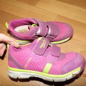 (№і297)фирменные кроссовочки 26 р Superfit