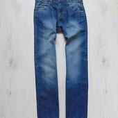 Новые шикарные плотные джинсы для парня. Next. Размер 12 лет