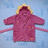 Махровый халат на 12-18 месяцев, б/у. Хорошее состояние, без пятен. Длина от плеча 51 см, ширина под