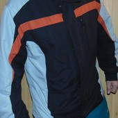Стильная спортивная курточка Norskin.л-хл .