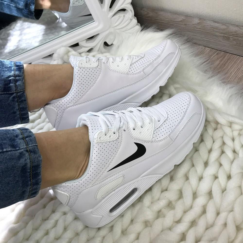 Белые кроссы картинки