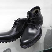 Зимние кожаные ботинки 39 разм