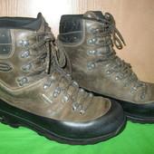 Ботинки 45р,Lowa, Gore-Tex