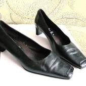 Качество! Кожа! Туфли от немецкого бренда Caprice, р.40 Оригинал!