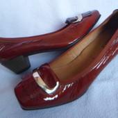 Gabor кожаные новые туфли 7