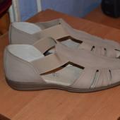 Нові сандалі Footglove 39 розмір