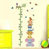 Ростомер-наклейка Зверята для детской комнаты