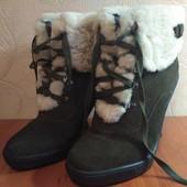 Ботинки зимние на зиму каблук зеленые braskа  38 размер