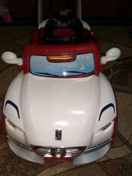 Детский электромобиль фото №1