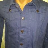 подростковый джинсовый пиджак.на рост 170-176 см.