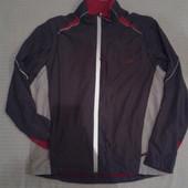 отличная спортивная куртка ветровка от TCM, p.L  2в1 куртка и безрукавка