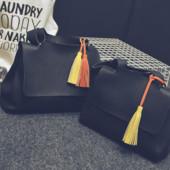Стильная сумочка на плече черного цвета, новая