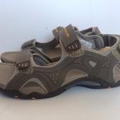 Классные мужские сандалии Outventure размер 41