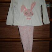 Пижама флисовая, девочке на 3-4 года, рост до 104 см