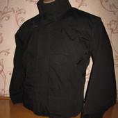 Куртка- ветровка мужская (подростковая). Размер S. st rmberg. В отличном состоянии!