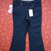 Новые джинсы на 5 лет Freespirit. Длина 68 см, шаговый 47 см, ПО талии максимальный 38 см (можно уме