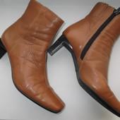 Полусапожки кожаные женские размер 4 наш 37 (Clarks)