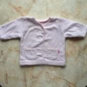 Кофта на девочку фирмы Mothercare на возраст 3-6 мес (реально до 9 мес)