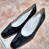 Итальянские туфли, лакированая кожа, 40 р-р