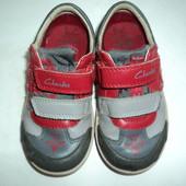 Туфли кроссовки Clarks 16 см  с огоньками