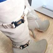 Модельные демисезонные сапоги, 26 см стелька, 40 рр, бренд Queen. Нюанс